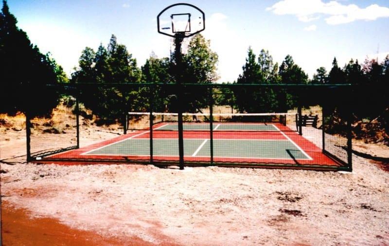 Chainlink Tennis Court