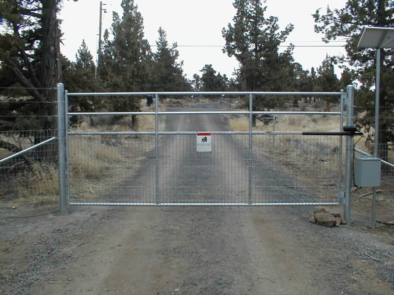 Custom Gate 4