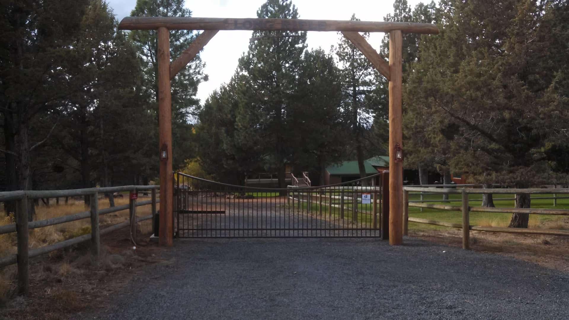 wooden farm fence. farm \u0026 ranch fencing. entry gate wooden fence