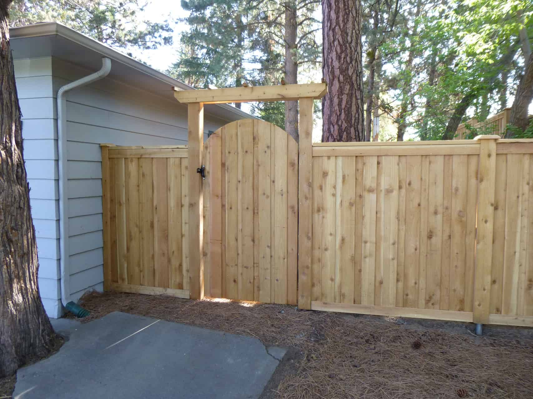 Picket Wood Fencing | Mike's Fence